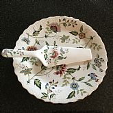 Andrea by Sadek Set of two includes Plate with matching server