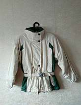I have for sale these Columbia Sportswear Company 1990's vintage warm sports jacket.  The jacket is green and white and slightly padded with zip and stud button fastening with an elasticated waist and attached belt in size medium (would fit a 10/12)Mate