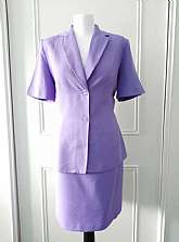 Dorothy Perkins summer 1990's vintage  skirt suit * Fully lined * Violet* Short sleeved suit jacket * Shoulder pads* 2 buttons to fasten* Pockets to the front* Knee length lined skirt * Back zip and button fastening* Size 14 In very good vinta