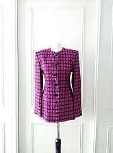 SALE REDUCED FROM £39.99Jaeger 1970's vintage fully lined pink and black dogtooth pattern fitted jacket with shoulder pads and large black round buttons in size 10Measurements laid flatShoulder to shoulder: 17