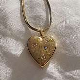Beautiful vintage gold filled engraved heart diamond locket necklace.