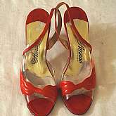 Vintage Amano USA patent leather and acrylic slingback shoes sandals.  Stunning on and very beautiful gently worn shoes. Perfect for the Spring or Summer season. They are a size 7 1/2 AAA but also fit a slim M which I am.