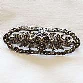 Stunning vintage Art Deco sterling silver and marcasite flower leaf spray brooch pin.  It is really lovely with its beautiful shape with subtle curves and 3 dimensional design.  Measures 2 inches!