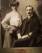 A wonderful 1800s cabinet card photograph with a stylish couple.