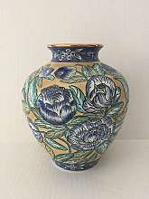 Vintage export Ceramic Chinese VaseBeautiful Blue Floral Design, Hand-PaintedVery Good Condition