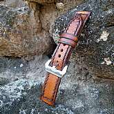 100% Handmade and hand-sewn leather watch band. The strap is made of 3 mm full-grain Italian leather. The light brown and dark brown areas add vintage look to the leather and bring the individual patina of the watch strap. It is designed to make an incred