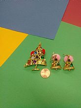 Rhinestone christmas tree brooche and earring set.