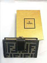 Vintage Fendi Zucca Monogram Bi-fold Wallet Coin Purse  Size Horizontal 13.5 cm Vertical 8.5 cmGusset 2 cmMaterial: Canvas, LeatherCondition. Please refer picturesAll the measurement taken with the garment flat on the floorPayment: Paypal