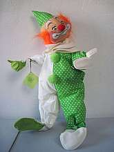 large Vintage Anna Lee Clown doll 1971good condition with original tagsMeasures 21