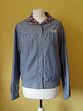 Wrangler 1980's vintage oversized reversible blue and checked print jacket with button fastening and elasticated waistband  The light blue side of the jacket has two front pockets in size large (would fit sizes 8/10/12)Measurements in inches Shoulder: