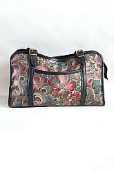 Stead and Simpson 1980's vintage medium sized floral print carpet style bag with a front pocket and two adjustable shoulder straps with top zip fastening.   The inside of the bag is fully lined with multiple compartments Measurements in inches Length: