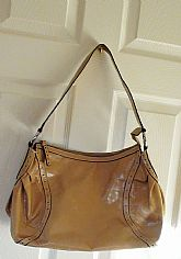 Nice and Clean Vintage Wilsons Leather Handbag or Shoulder bag Tan Color and Great size