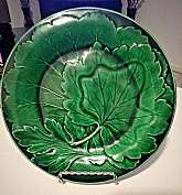 You will receive: (1) BEAUTIFUL VICTORIAN ANTIQUE GREEN LEAF MAJOLICA SERVING PLATE TRAYExtra Details: This is an antique item and is in good antique condition. There are crazing present and obvious noticeable flaws to be noted: About 2