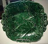 You will receive: (1) BEAUTIFUL VICTORIAN ANTIQUE GREEN LEAF MAJOLICA SERVING PLATE TRAYExtra Details: This is a beautiful antique item believe to be from the 1800s. This plate appears to have some manufacturer defects, 3 knicks on the back.  Also, ther