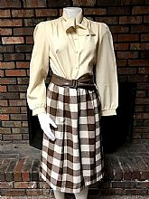 Nice vintage ladies skirt outfit size 6
