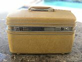 Vintage Samsonite Silhouette Train Case