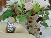 Vintage Cluster Petite Ring Exquisite 18Kt White Gold Plated over Sterling Flower Austrian Crystal Ring Size 6