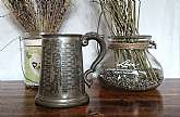This is a well made, genuine pewter tankard. Made in Sheffield, England.Decorated with the Names of the Kings and Queens of England, and their Reigns.It is in fantastic condition for its age, with a dent on the bottom. This pewter tankard has been han