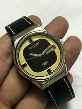 "All vintage watches have small scuffs or age signs.but any major flaw will always be mentioned in description So please see the pictures and read the description very carefully...""""Please Read Listings In Full, Study"
