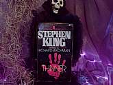 Stephen King Thinner writing as Richard Bachman Paperback Vintage Collectible Book Horror First Edition Signet Printing 1985 Thriller Fiction Halloween Spooky Scary Reading Fantasy. Here is a great spooky book from the King of horror Stephen King! It is a