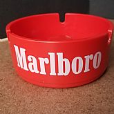 Retro Red Marlboro Melamine New Old Stock ashtray 13 brookpark 1601 