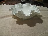 Clear ribbon edge bowl