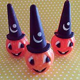 Cute Vintage Halloween toy.