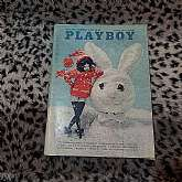This is a Playboy magazine from March 1966.176 pages.The magazine is in excellent condition.The centerfold is intact.I have a huge collection of Playboys from the 1960's, 70's and 80's, so be sure to visit my shop to find more.All magazines were safe